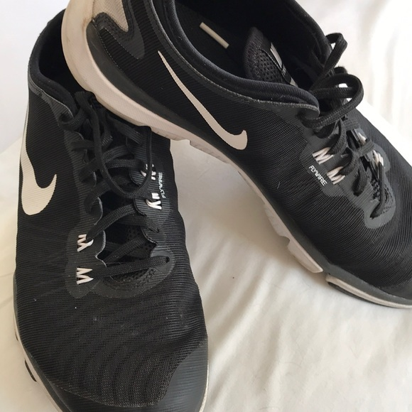 Nike flywire size 9 sneaker